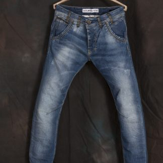 689_MICK_900-FRONT